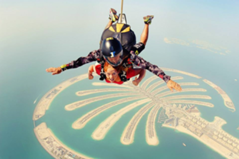 Skydiving in Palm Jumeirah Dubai