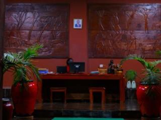 indoors-06