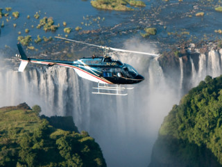 Victoria-Falls-helicopter-flights-4